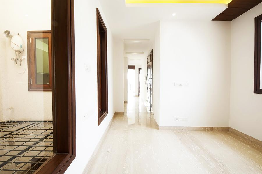 Builder-Floor-Bedroom-Hauz-Khas