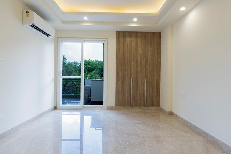 Builder-Floor-Bedroom-South-Delhi