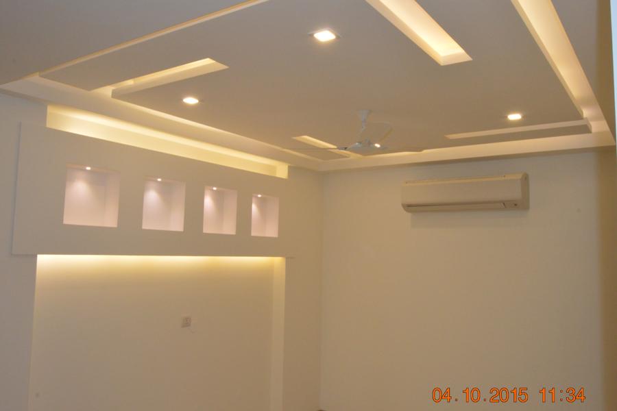 Builder floor Luxury bedroom GK-1