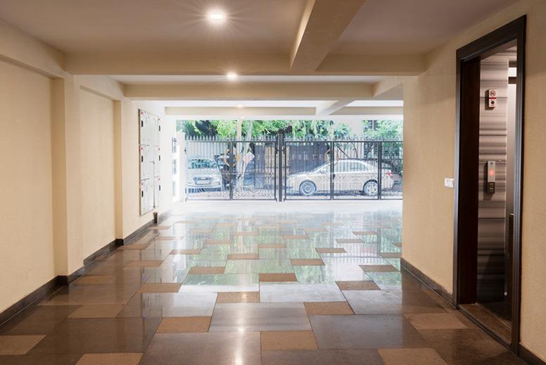 GK-1 Residential lobby