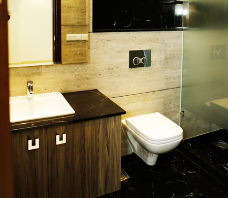 Luxurious-Bathroom-Floor-Sarvoday-Enclave