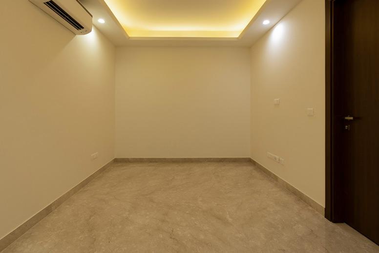 South-Delhi-Builder-Property-Bedroom