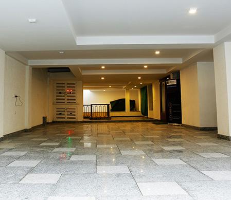 Sarvoday-Enclave-Residential-lobby