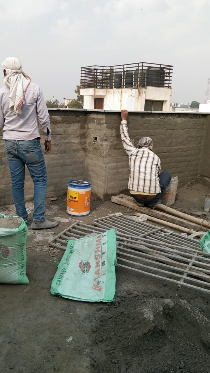 Builder in Greater Kailash